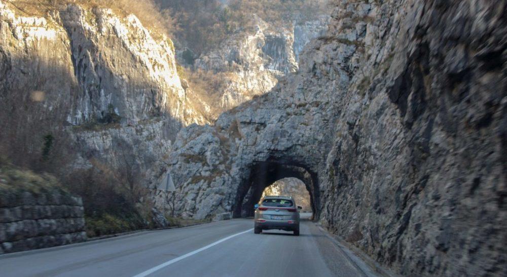 Тоннели в Черногории